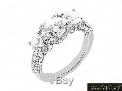 0.5ct Round Cut Diamond 3Stone Engagement Ring 18K White Gold F VS2 Accents