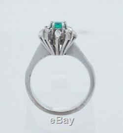 18K White Gold 0.40ctw Natural Green Emerald & Diamond Accents Cocktail Ring 6
