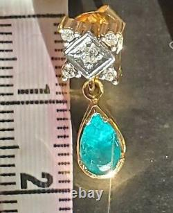 18Kt Gold Necklace and Earrings with Colombian Green Emerald & Diamond accents