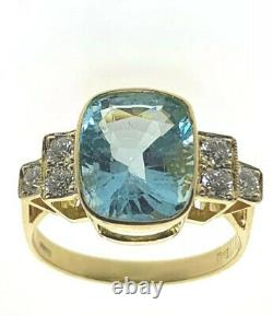 Amazing Aquamarine Solitaire with Diamond Accents 18ct Yellow Gold size M 1/2