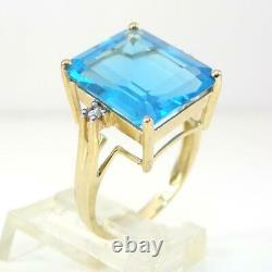 Large Blue Topaz Diamond Accent Cocktail 10K Yellow Gold Ring Size 7.5 LHI2
