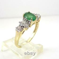 Natural Green Emerald 0.34ctw Diamond Accent 10K Yellow Gold Ring Size 7 LHI2
